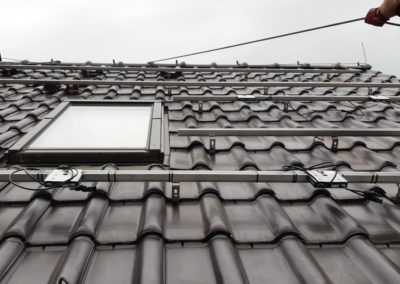 Konstrukcja fotowoltaiczna z optymalizatorami SolarEdge