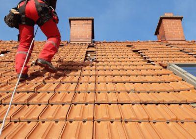 przygotowanie dachu pod montaz fotowoltaicznej instalacji Bisolar Energy