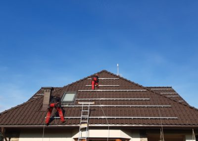 konstrukcja fotowoltaiczna na dachówce ceramicznej Bisolar Energy
